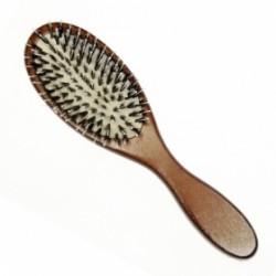 Kefa na predĺžené vlasy so štetinami